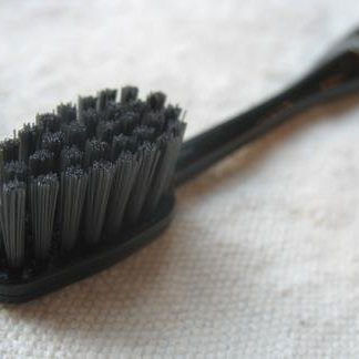 Binchotan Charcoal Toothbrush – Black