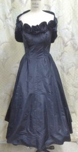 Black Roses Rosettes Vintage 1950s Silk Satin Prom Dress